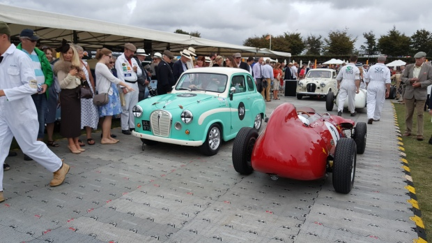 the-goodwood-revival-is-a-step-back-in-time-to-racing-in-the-1960s