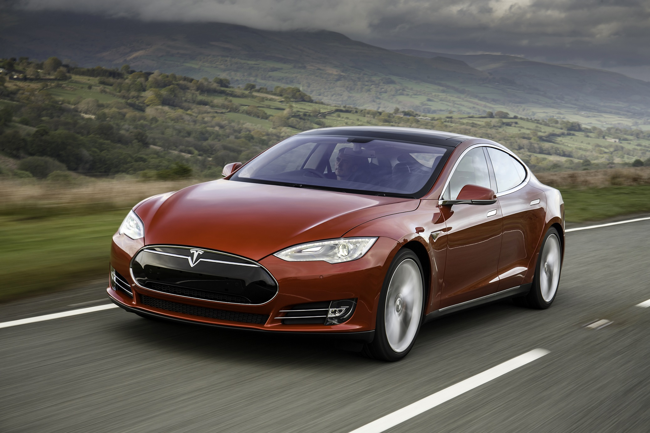 It is likely carmakers like Tesla will use the new technology first
