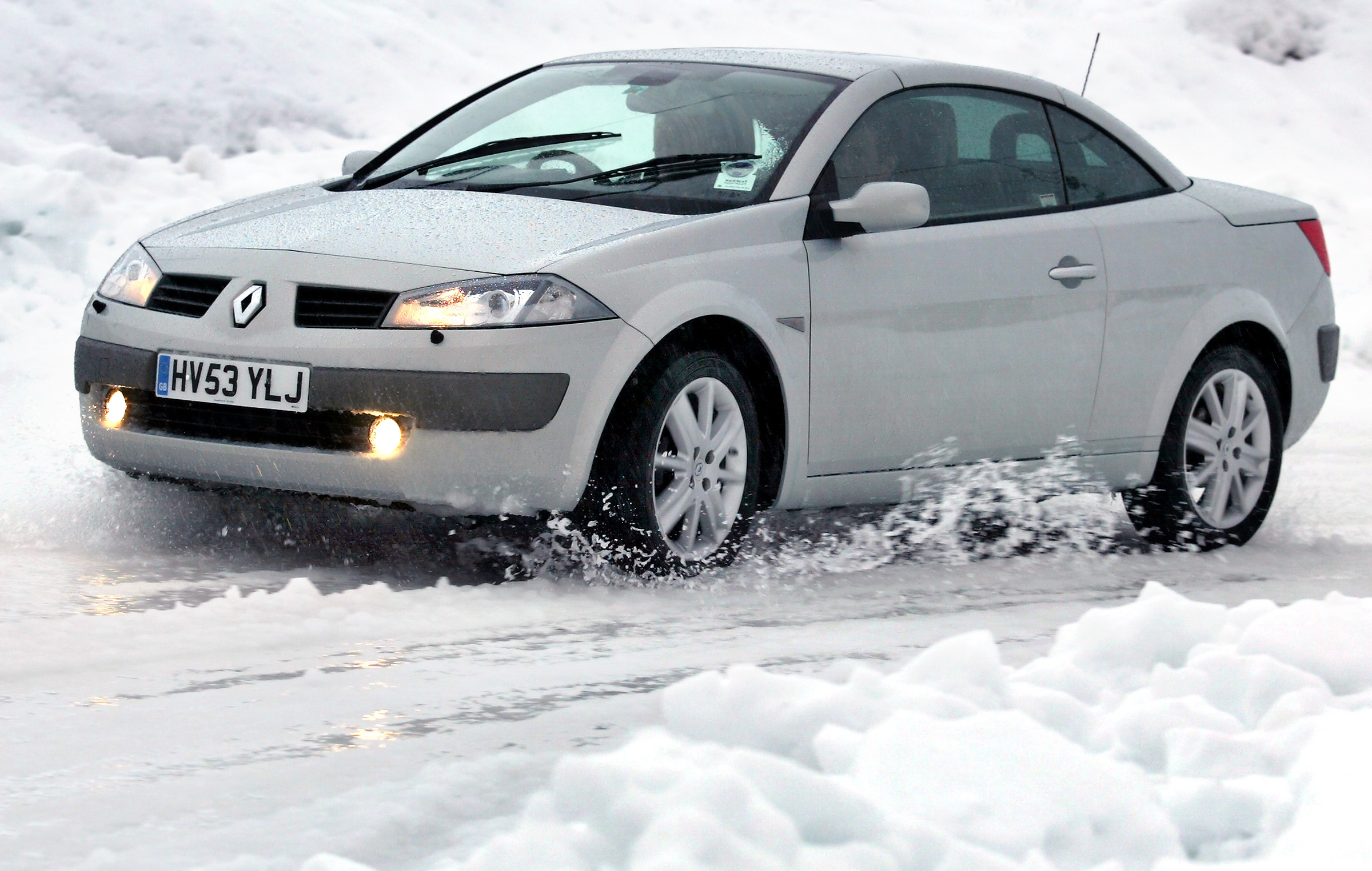 More should be done to prepare motorists for coping with snowy conditions