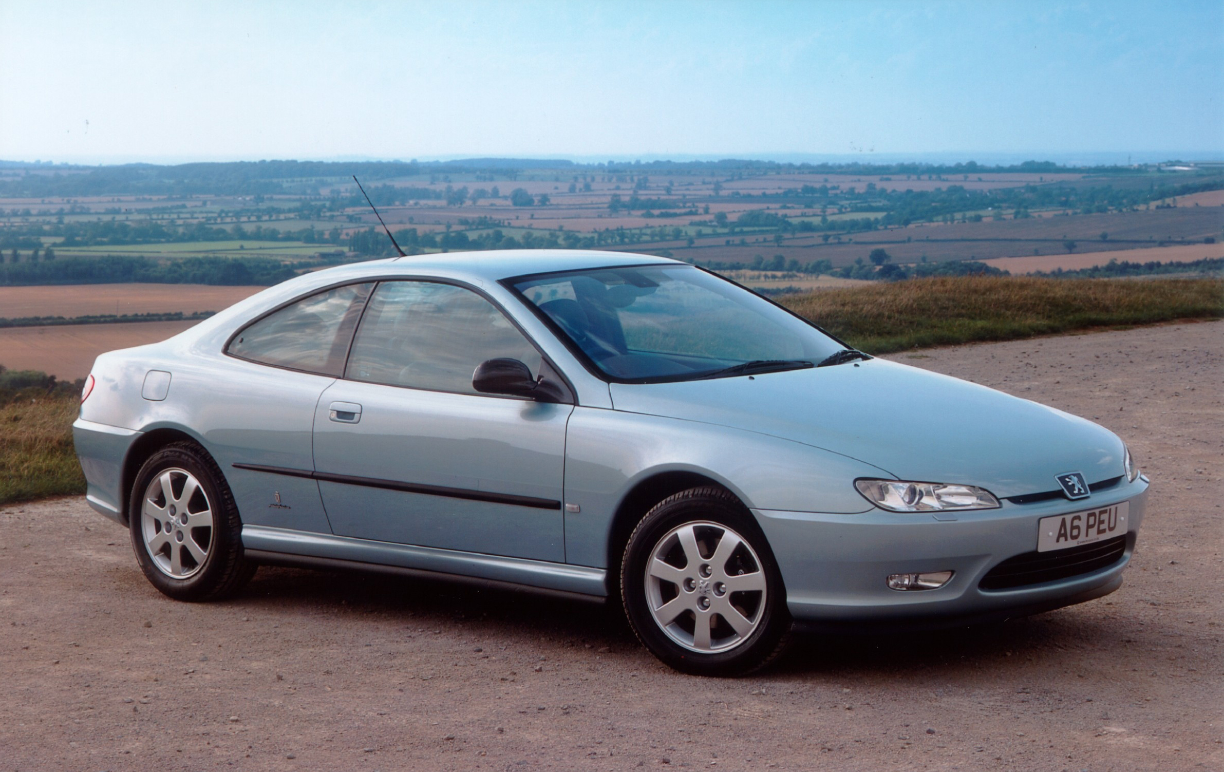 Pininfarina turned the Peugeot 406 into a truly stunning coupe
